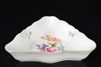 Салатник треугольный Queen's Crown Корона Полевой цветок 19 см